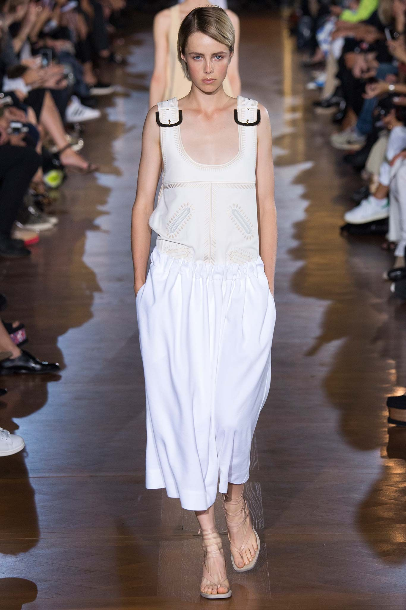 /spring-2015-ready-to-wear/stella-mccartney/collection/6