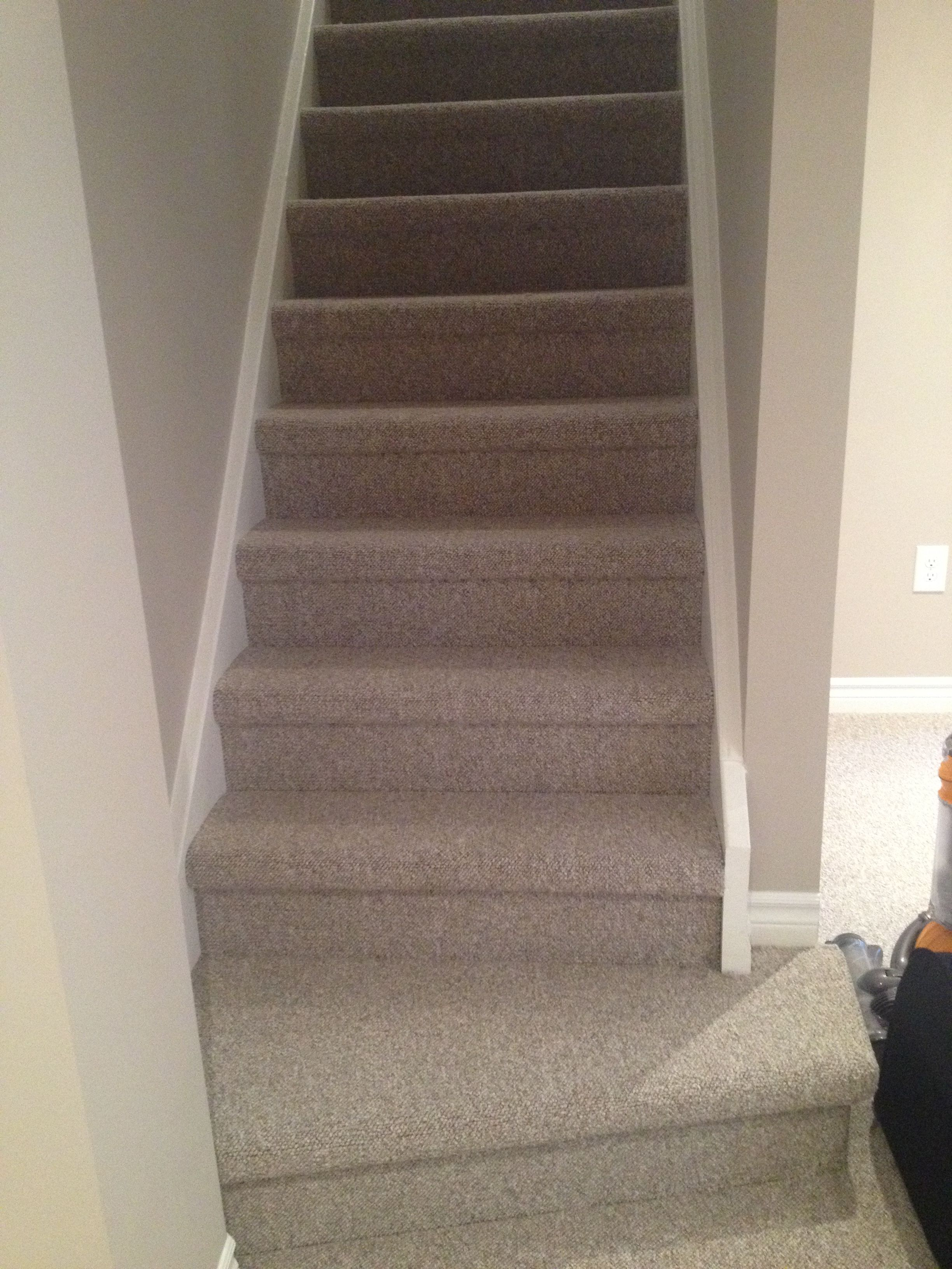 Berber Carpet On Stairs Berber Carpet Carpet Stairs   Carpet Colors For Stairs
