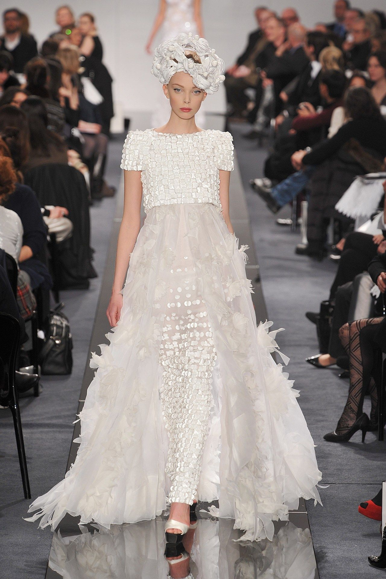 Chanel Wedding Dresses Bridal Inspiration From Pictures Bridesmagazine Co Uk