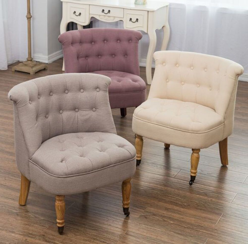 This beautiful occasional chair has a comfy padded seat and