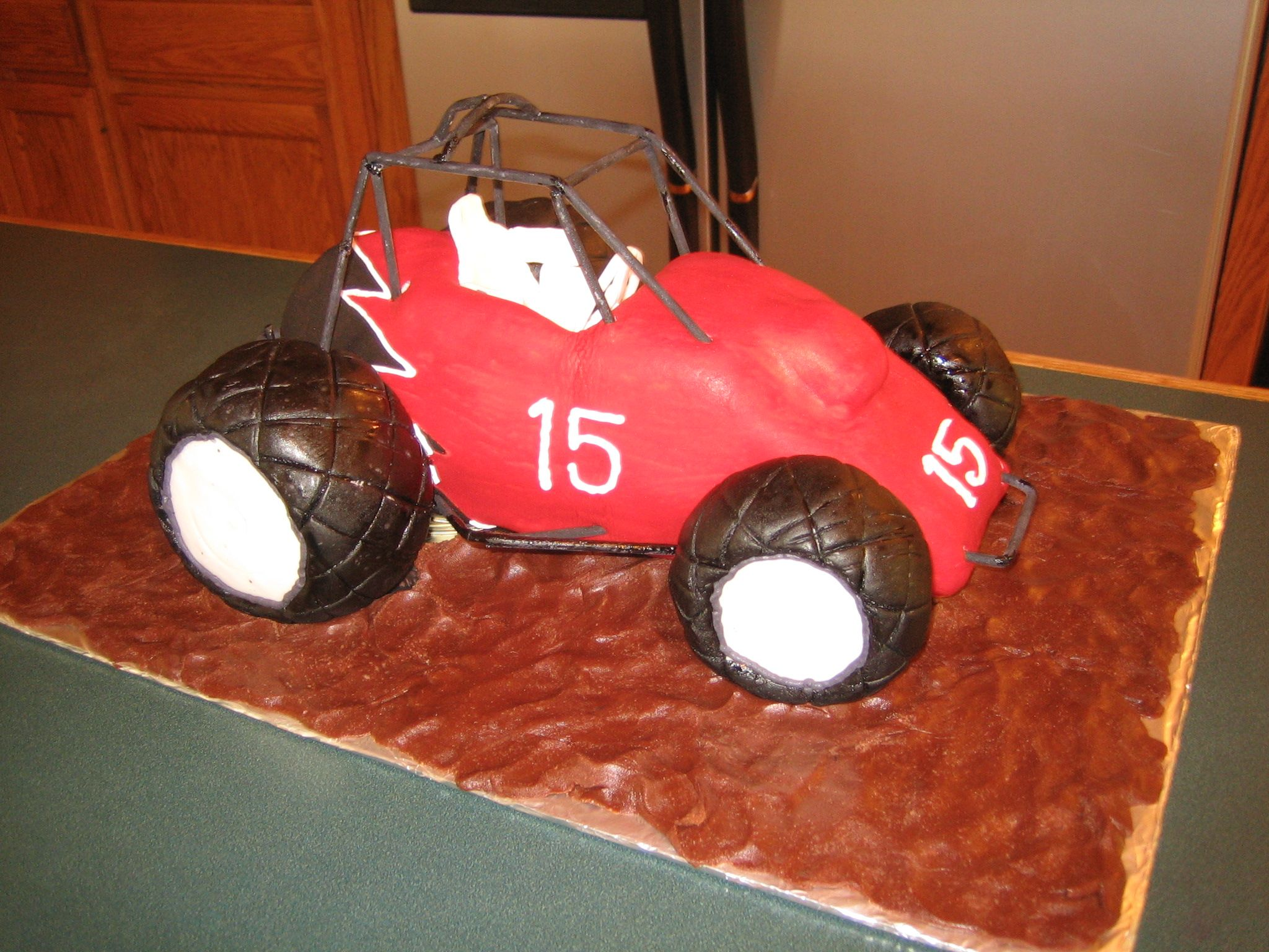Sprint car cake stuff for austin pinterest car cakes cars racecar cake i made this cake for my cousins birthday and tried to make it look just like his own sprint car the main part of the car is cake and baditri Choice Image