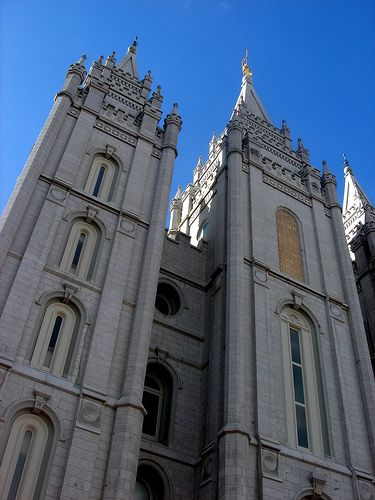 very cool Mormon temple in Salt Lake City / http://www.ldsfunny.com/mormon-temple-in-salt-lake-city-6/
