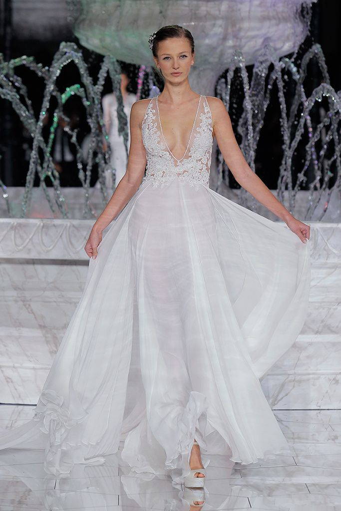 e90e1be3c2d34 Pronovias Atelier 2018 Collection Barcelona Bridal Week