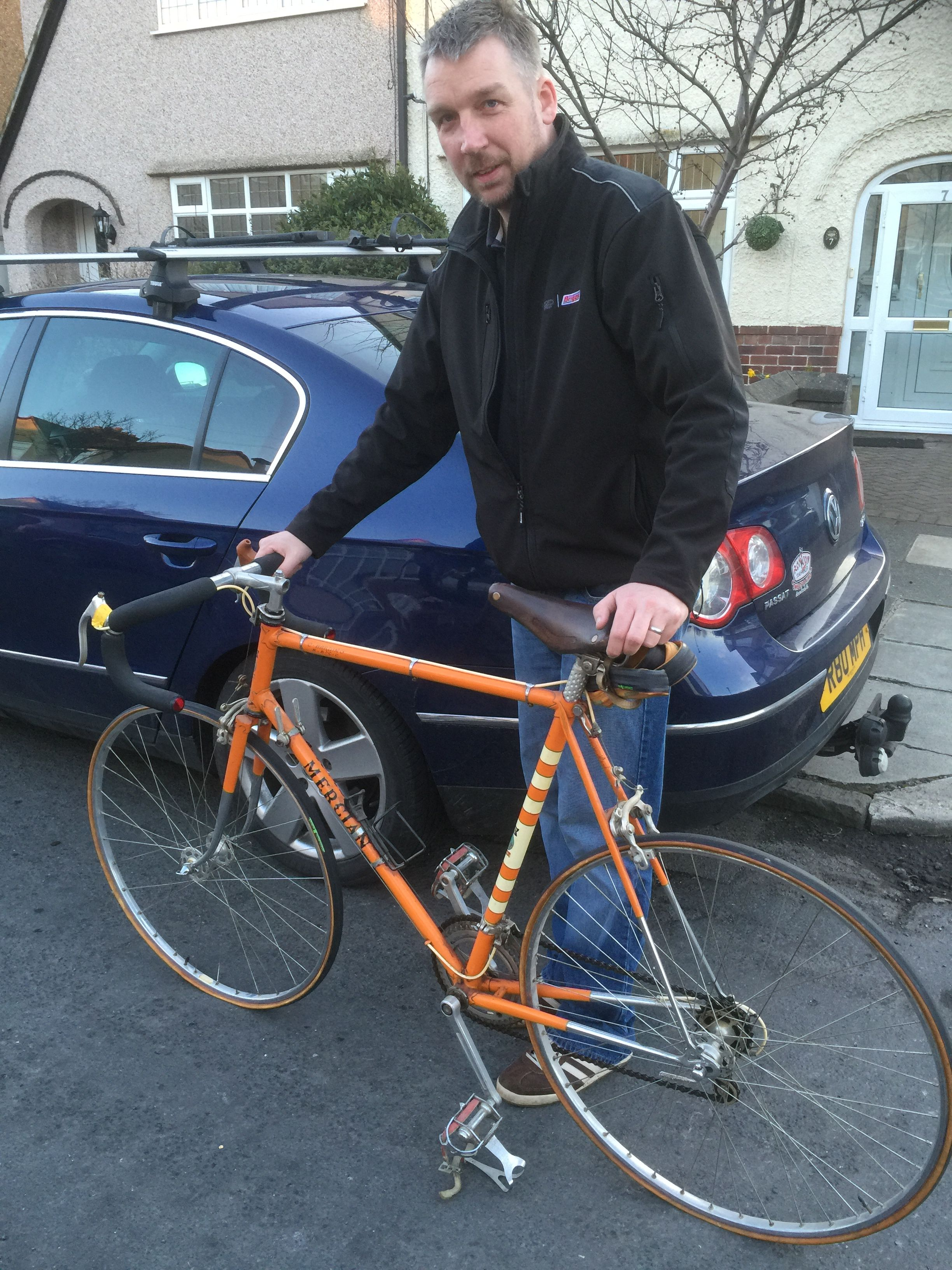 Mark dropping off a beautiful 1965 ? Mercian belonging to his dad Chris for a sympathetic restore.. be nice to this this piece of history back on the road.. have a look at the video build  on our website..
