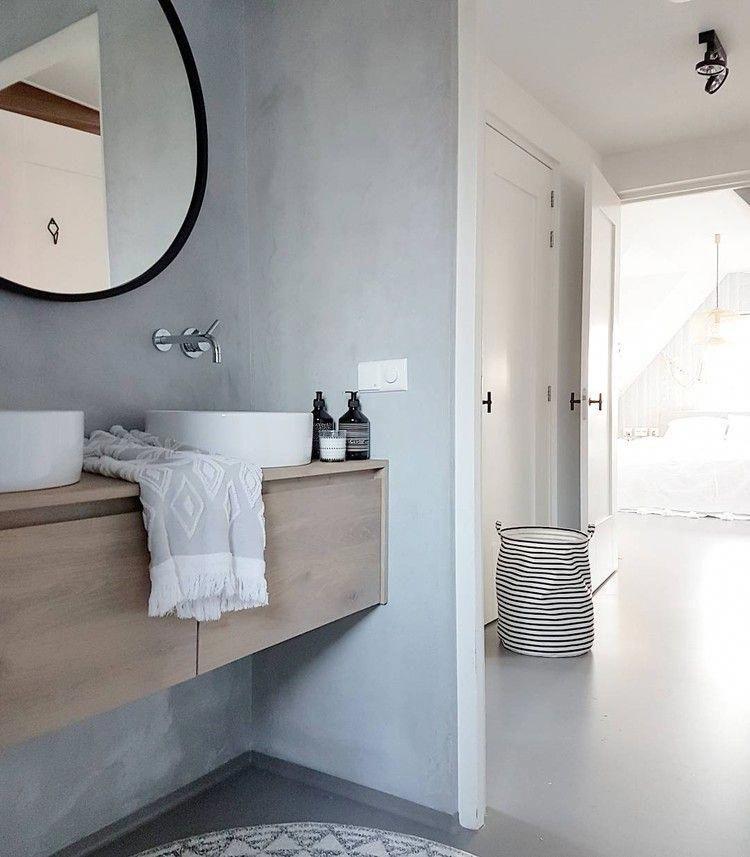 Pin Von Ja Sagerin Auf Fachwerkhaus Bad Badezimmer Dekor Bodenbelag Fur Badezimmer Rustikale Bader