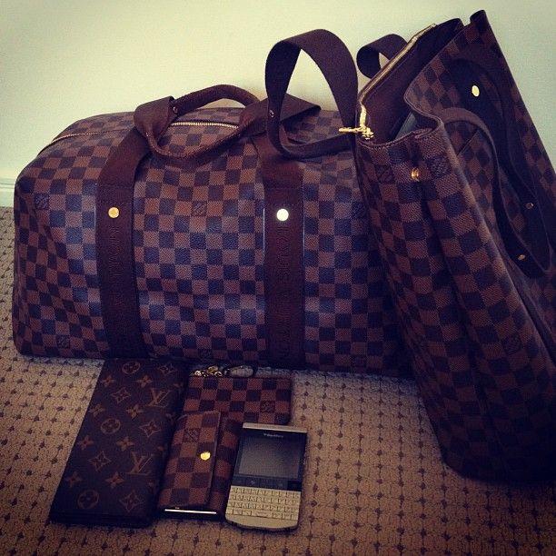 weekend essentials #louisvuitton #lv #blackberry #porschedesign #bags #damier #ebene #swag #designer #mensfashion #menstyle #luxury #...