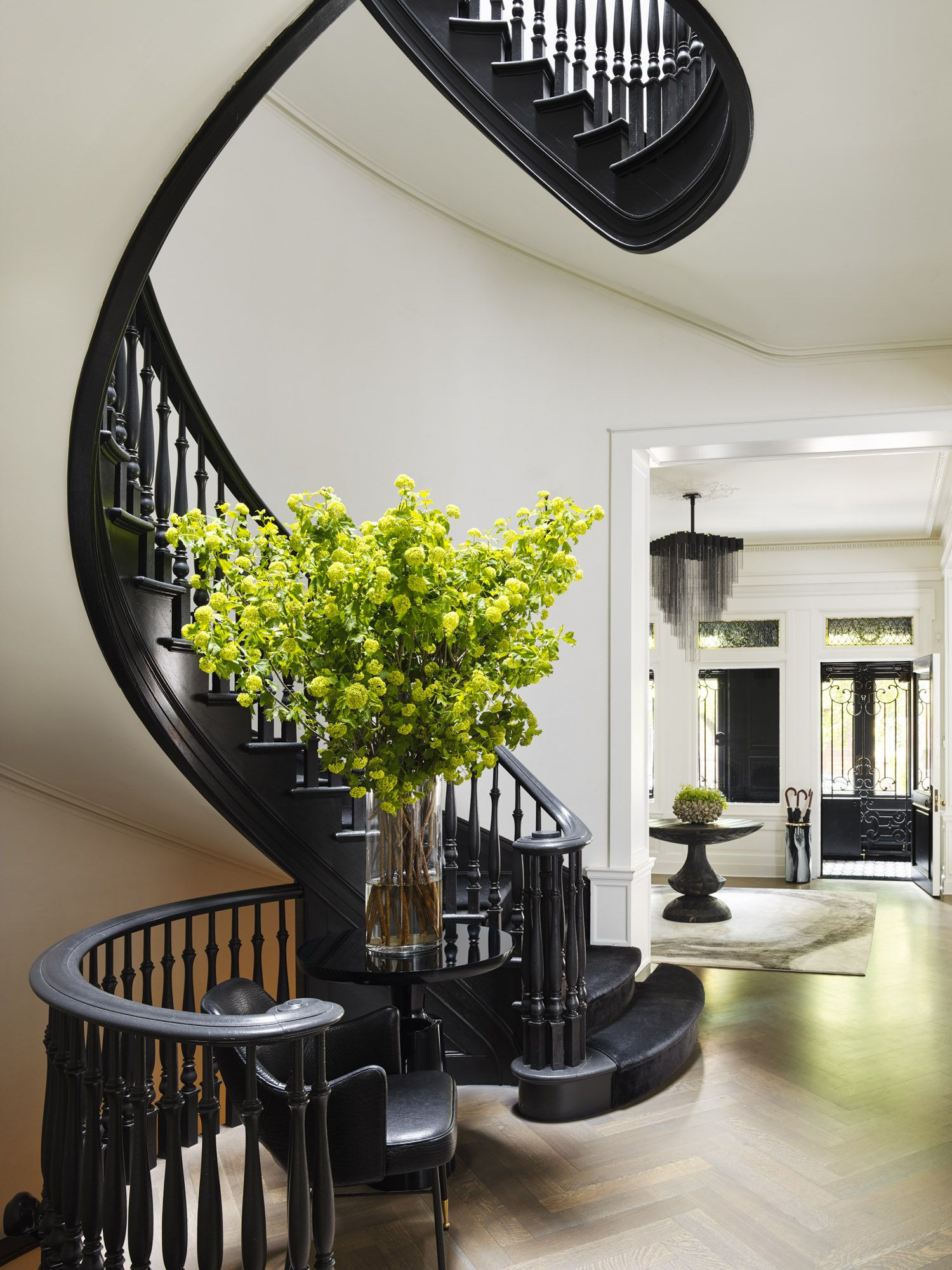 Best Good Looking Black Staircase Interior Architecture Design House Design Interior Architecture 640 x 480