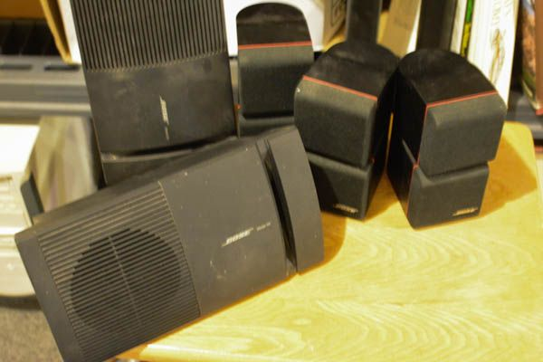 BOSE Speaker System http://www.ctonlineauctions.com/detail.asp?id=240395