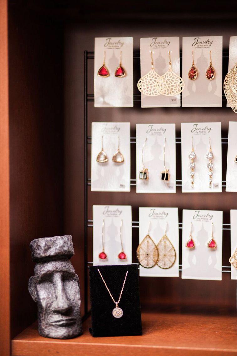 Window display ideas for jewelry  earrings  whatus your style   jewelry display ideas  pinterest