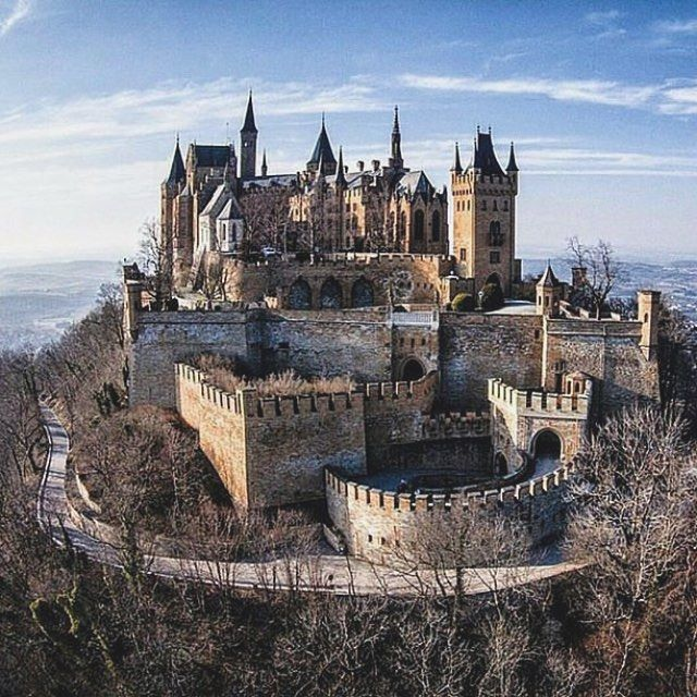 Beautiful Abandoned Earth Pix On Instagram Hohenzollern Castle Germany Burg Hohenzollern Is The Ances Hohenzollern Castle Germany Castles Beautiful Castles