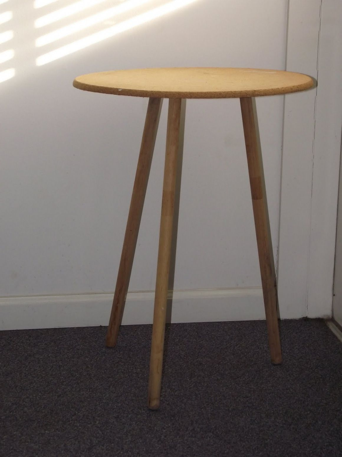 100 Round 3 Leg Table Best Modern Furniture Check More At Http Livelylighting