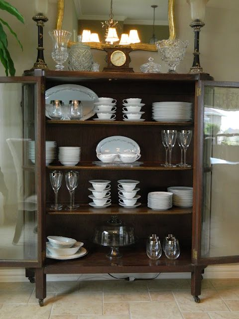 Nice display of china & accessories | Dining room shelves ...