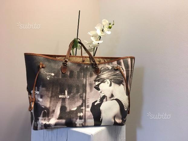 8961843918d Shopping bag Audrey Hepburn - Bagghy Venezia - Abbigliamento e Accessori In  vendita a Milano