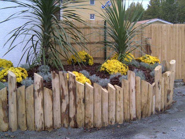 Clôture en bois, piquets de clôture (87, France  ~ Piquets De Cloture Bois