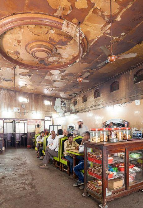 Vanishing India: Mumbai's Parsi cafes