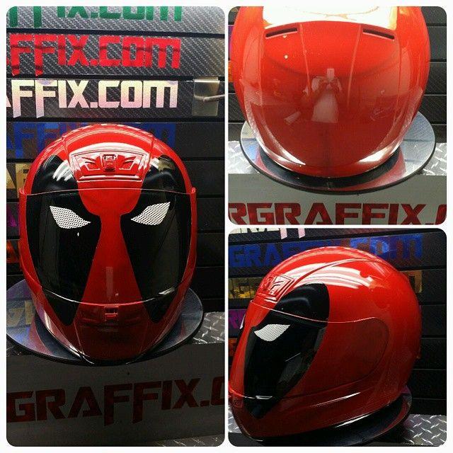 Custom Airbrushed Motorcycle Helmet by Airgraffix.com 064