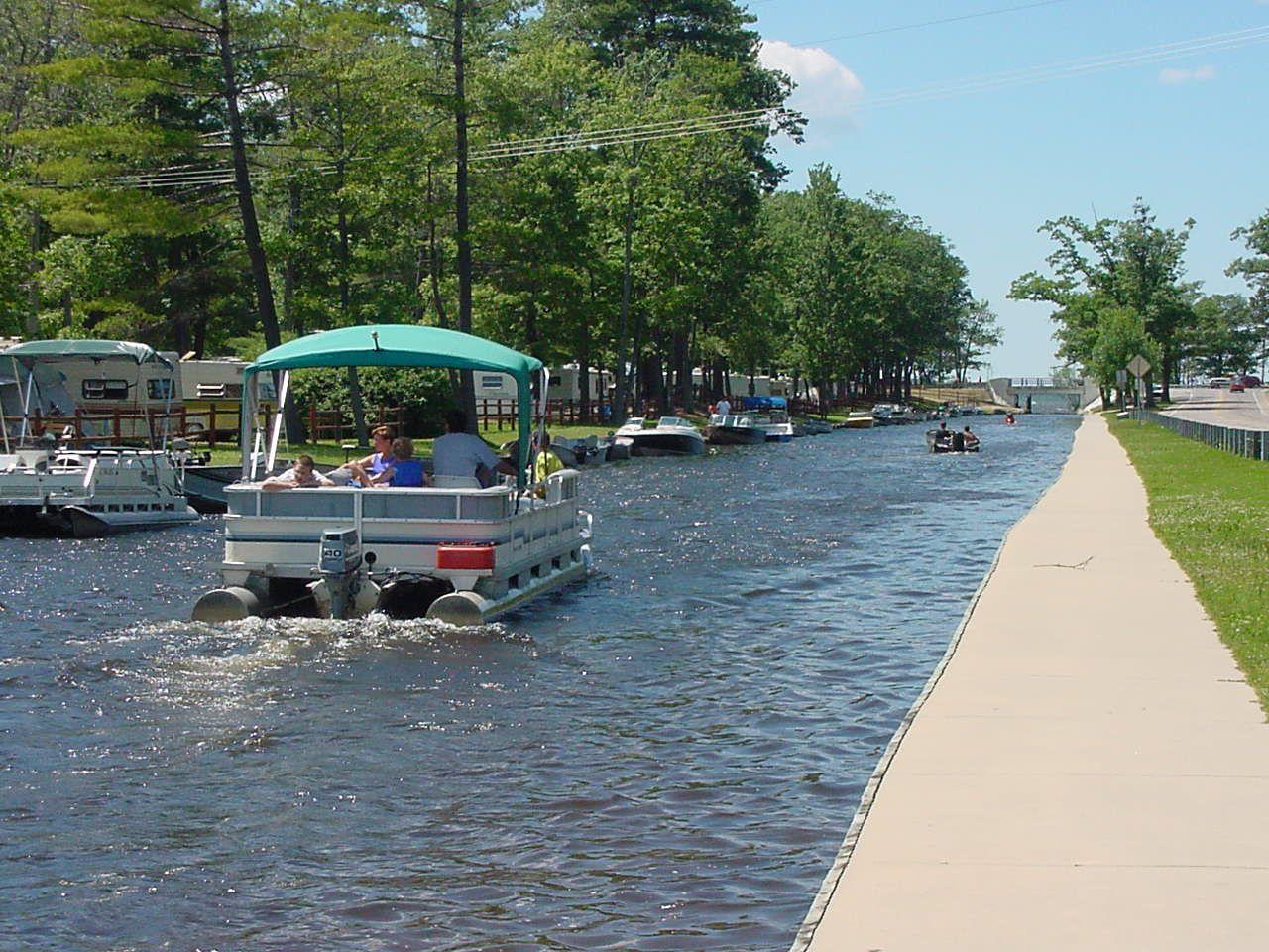Cadillac, Michigan-- Canal between Lake Cadillac and Lake Mitc ...
