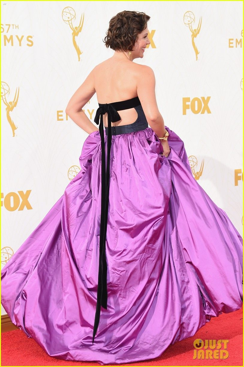 Maggie Gyllenhaal Is \'The Honourable Woman\' at Emmys 2015! | maggie ...