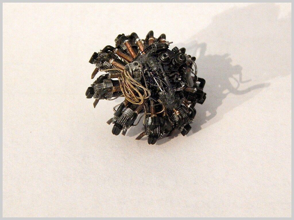 1/48 Fonderie Miniature HP Hampden by Alex Kontiveis