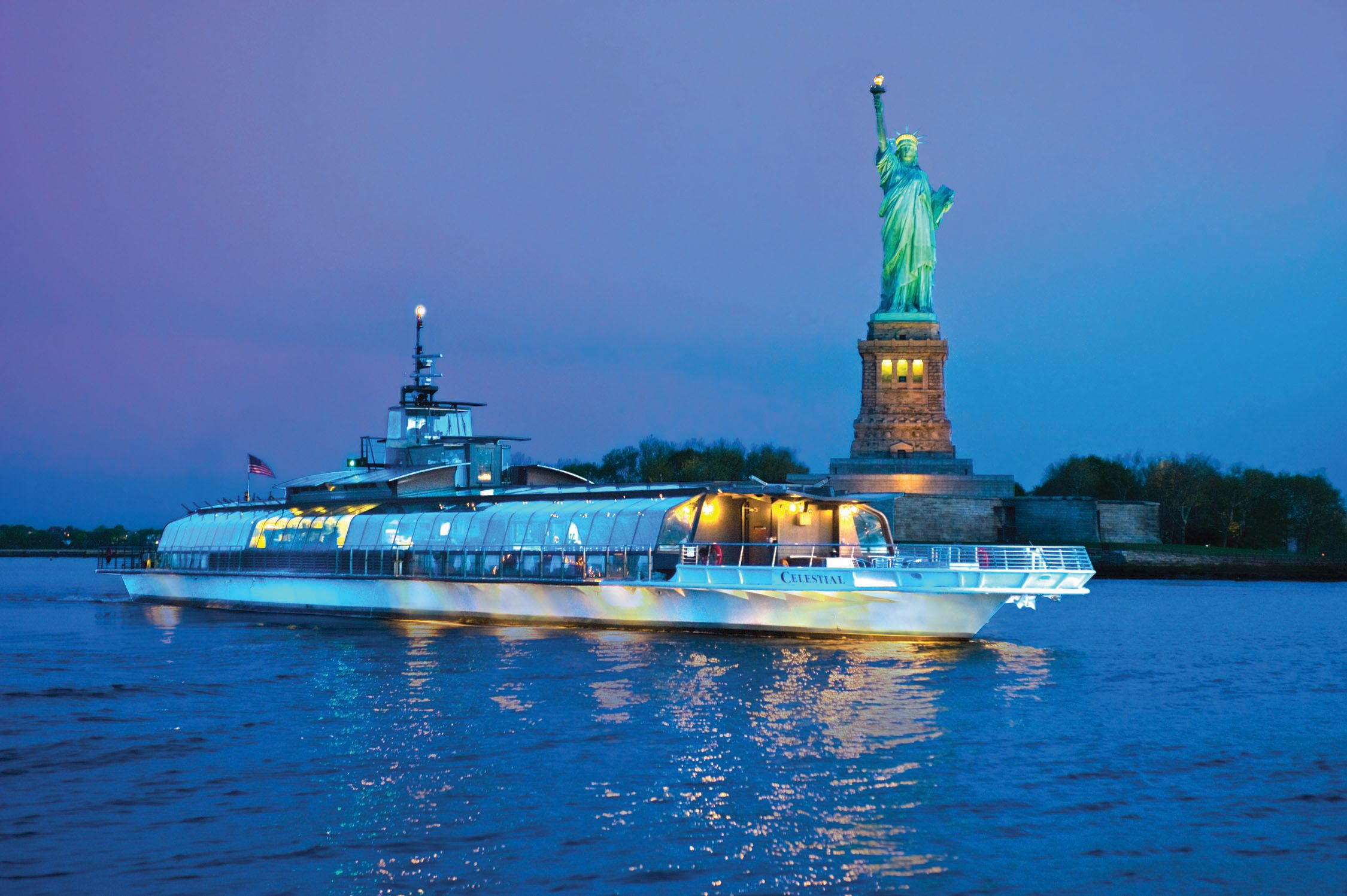 Statue of Liberty dinner cruise