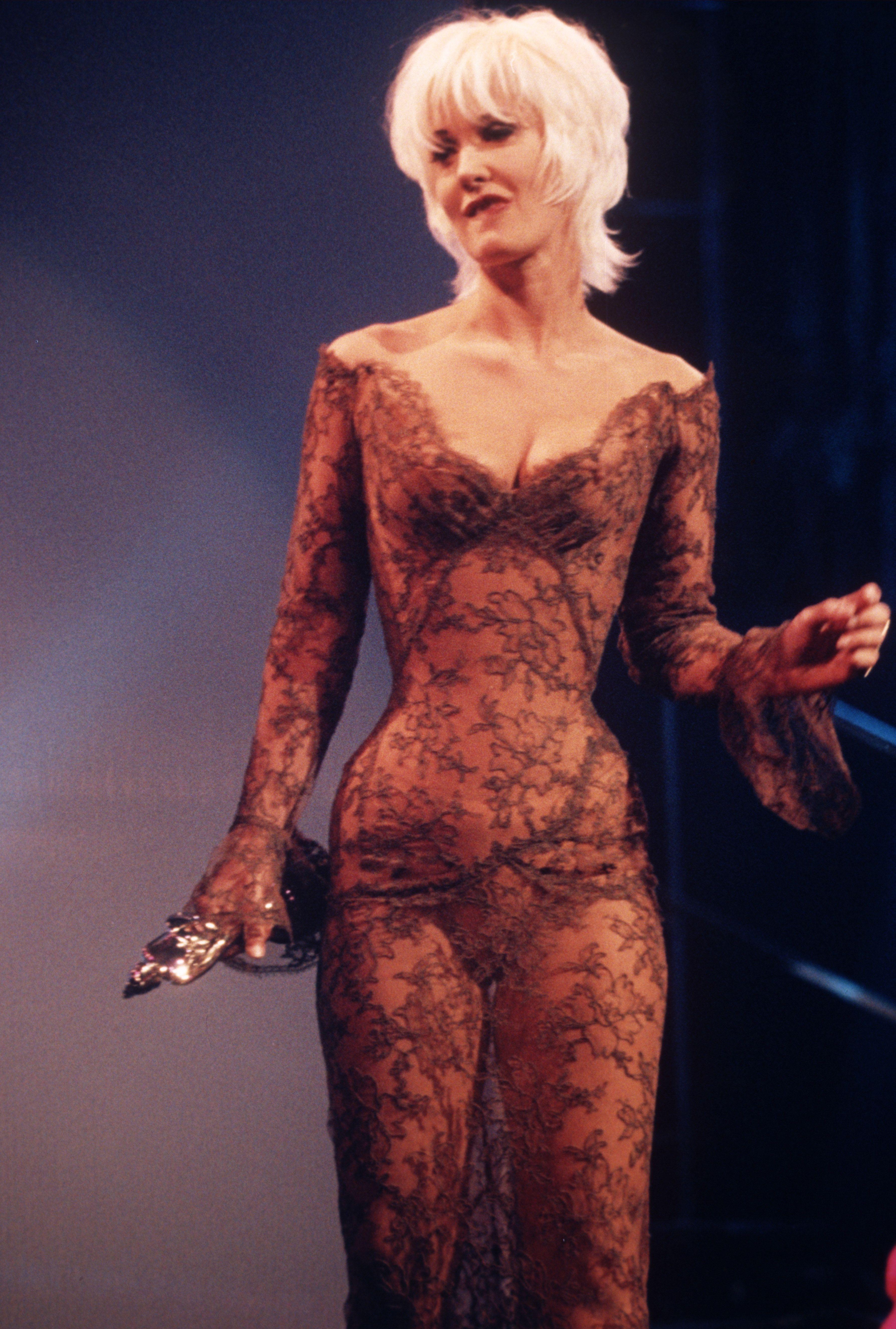 Bikini Paula Yates nudes (95 photo), Ass, Fappening, Feet, butt 2006
