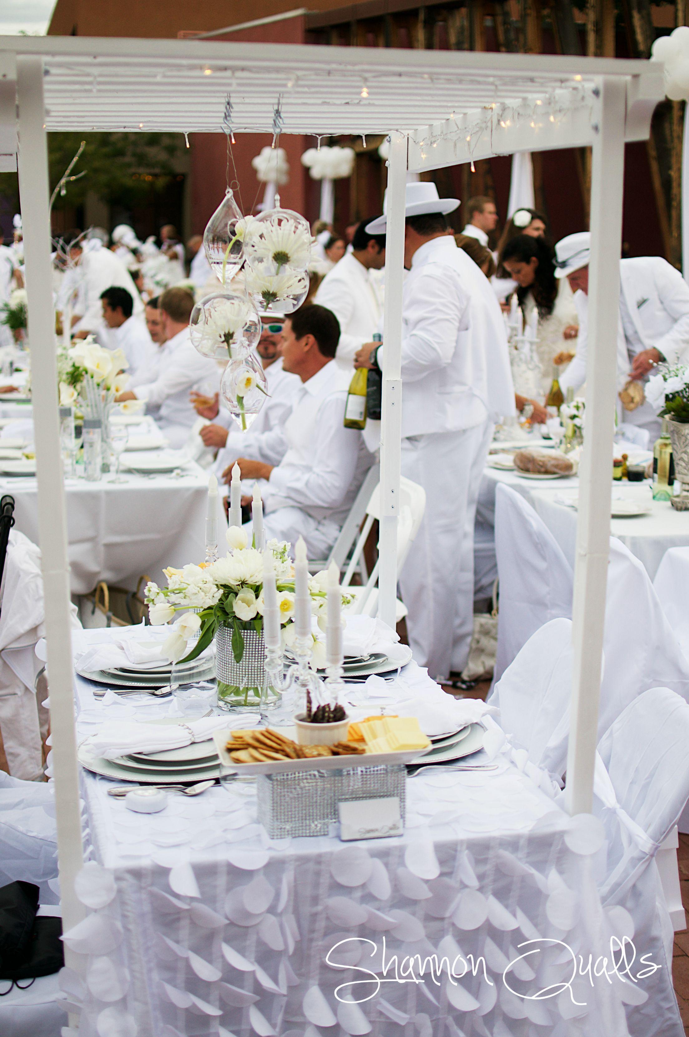 Diner En Blanc Tabletop From Shannonqualls Com In 2019
