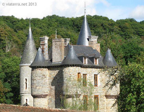 Le château Villeneuve-Jacquelot en Quistinic, du XVIème siècle