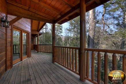 forge cabin rental 3 bedrooms 3 baths sleeps 8 pigeon forge tn