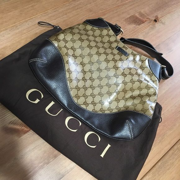 5e4d77baaff9 Authentic Gucci Hobo Bag Excellent condition without signs of wear. Authentic  Gucci Shoulder Bag Comes