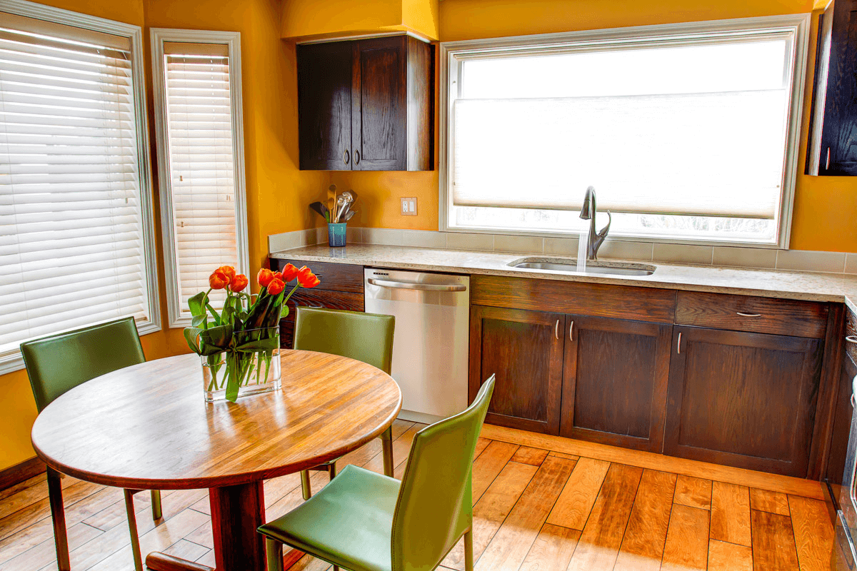 DIY kitchen cabinets refinishing