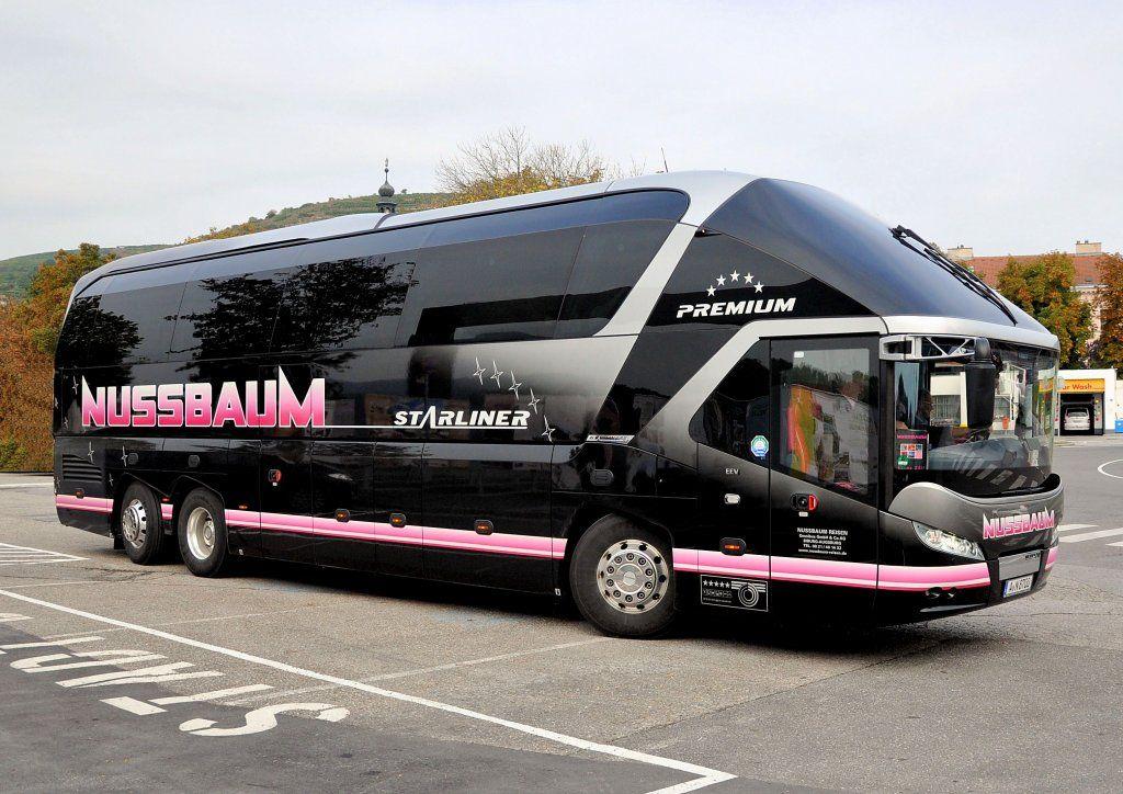 Neoplan Bus Pin Badge Starliner Auto & Motorrad: Teile