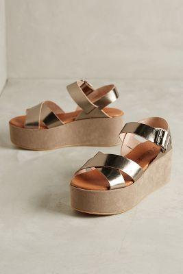 1dd93643 67 Collection Nay Flatforms Gold Sandals #anthrofave Zapatos De 15 Años,  Zapatillas Nike,