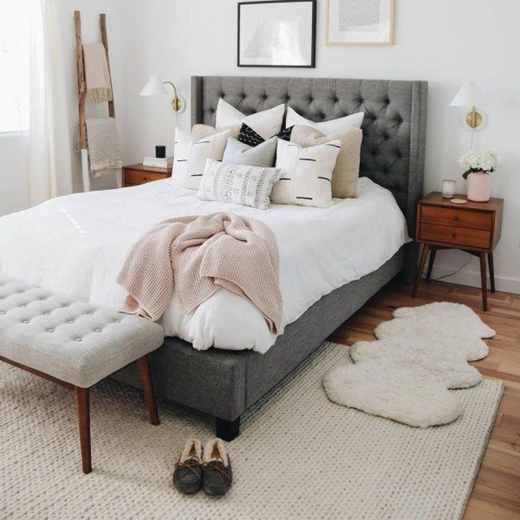 30 Awesome Bedroom Rug Ideas To Try Asap With Images Bed
