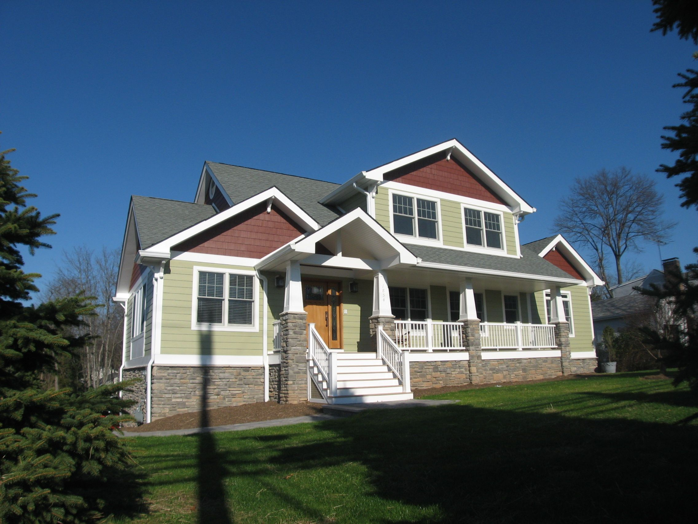 Craftsman style home with James Hardie Siding | Craftsman ...