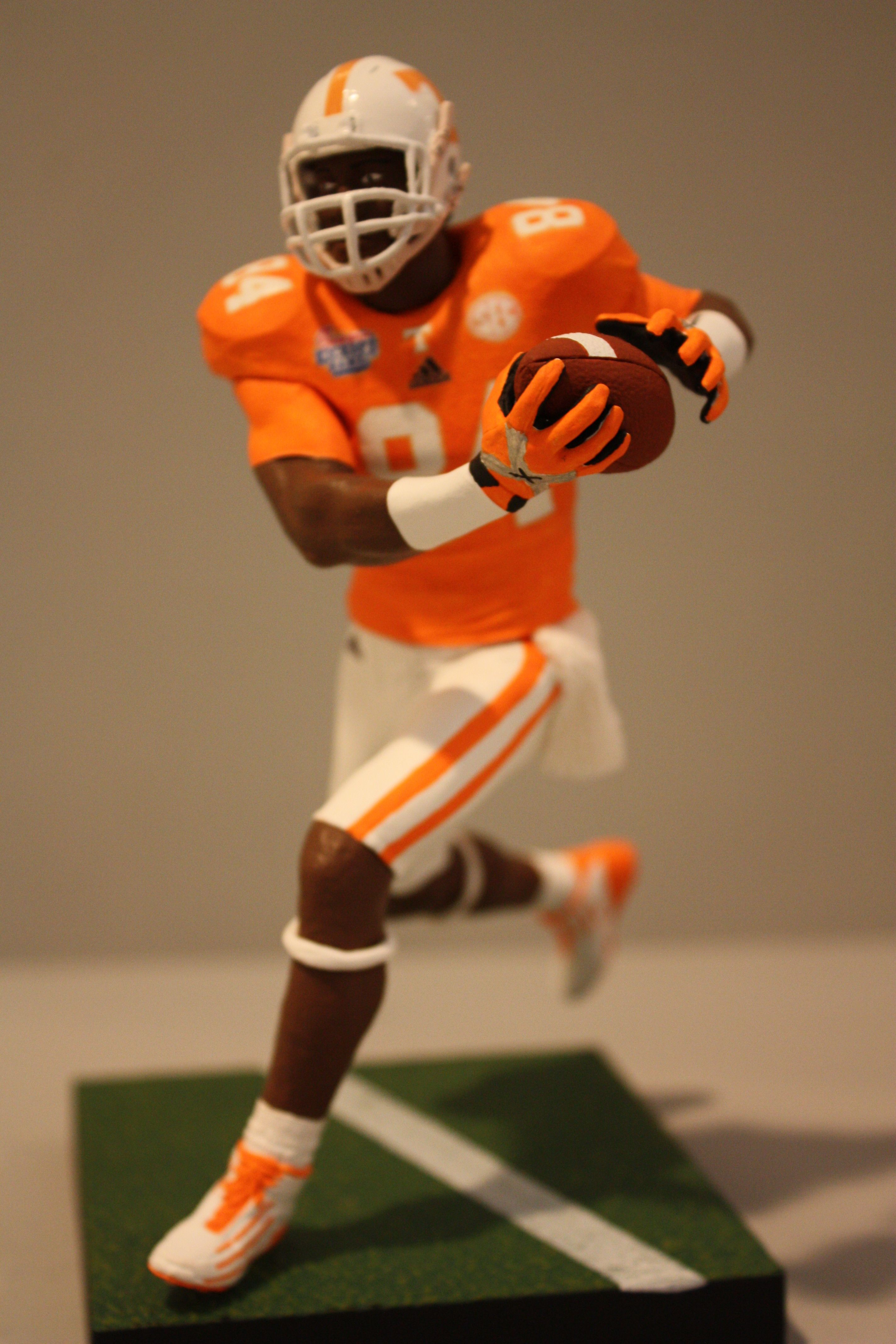 lowest price bb953 8b9f0 Tennessee Volunteers wide receiver Cordarrelle Patterson ...
