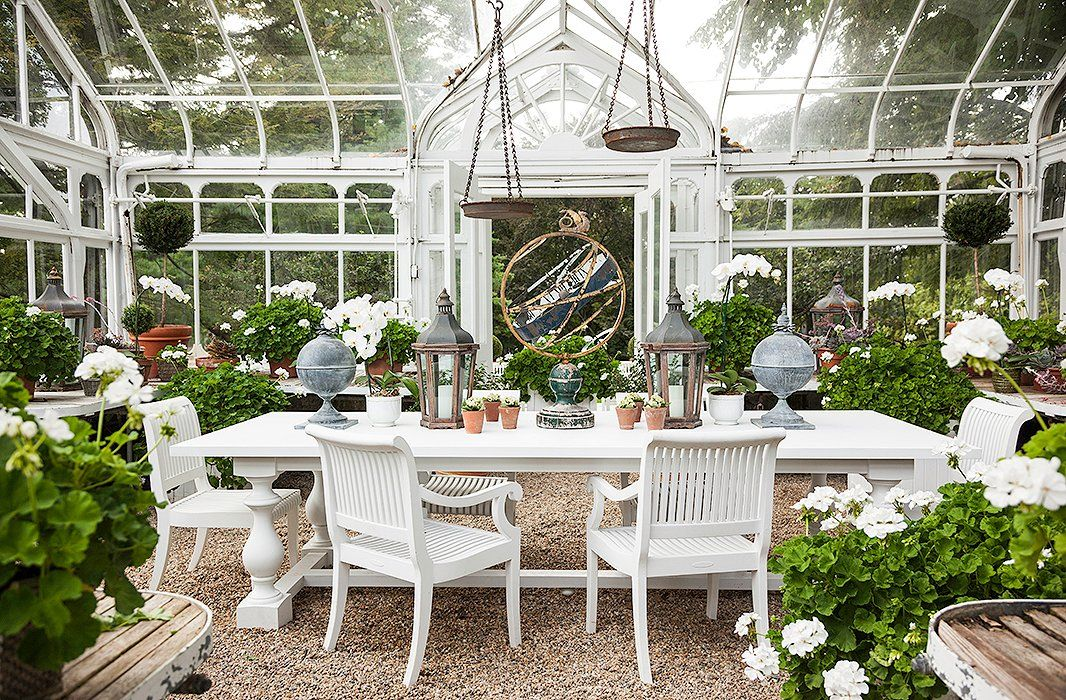 Marvelous 11 Decorating Ideas To Steal For Your Outdoor Dining Space