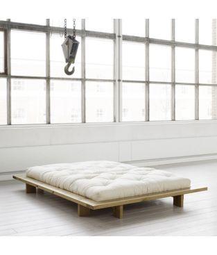 Lit design Japan. Esprit zen. Lit pas cher. Lit bois massif. Cadre de lit écologique en Pin massif scandinave et sommier à lattes rigides inclus. Couleur : brut.