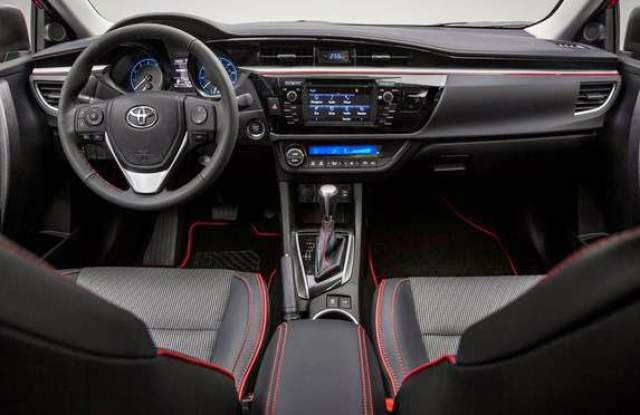2017 Toyota Corolla Interior With