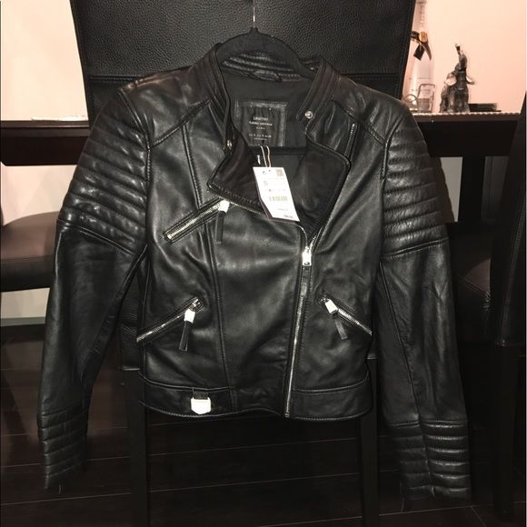 Shop Women S Zara Black Size S Jackets Coats At A Discounted Price