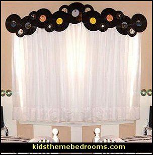 Music themed home decor decorating theme bedrooms for Bedroom ideas music theme