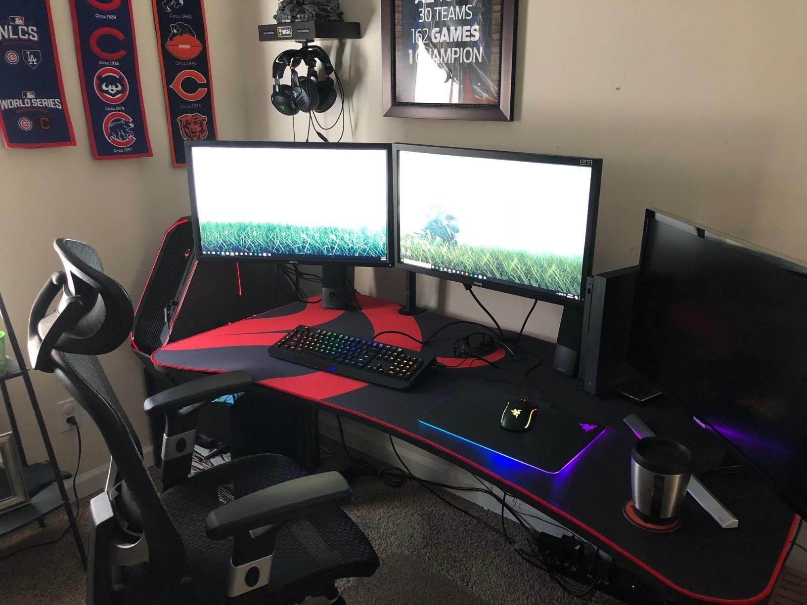 Best Gaming Desk Perfect Desk For My Gaming Needs Tried Different Ones But This By Far Stands Out As The Best Gaming Desk Good Gaming Desk Gaming Desk Black