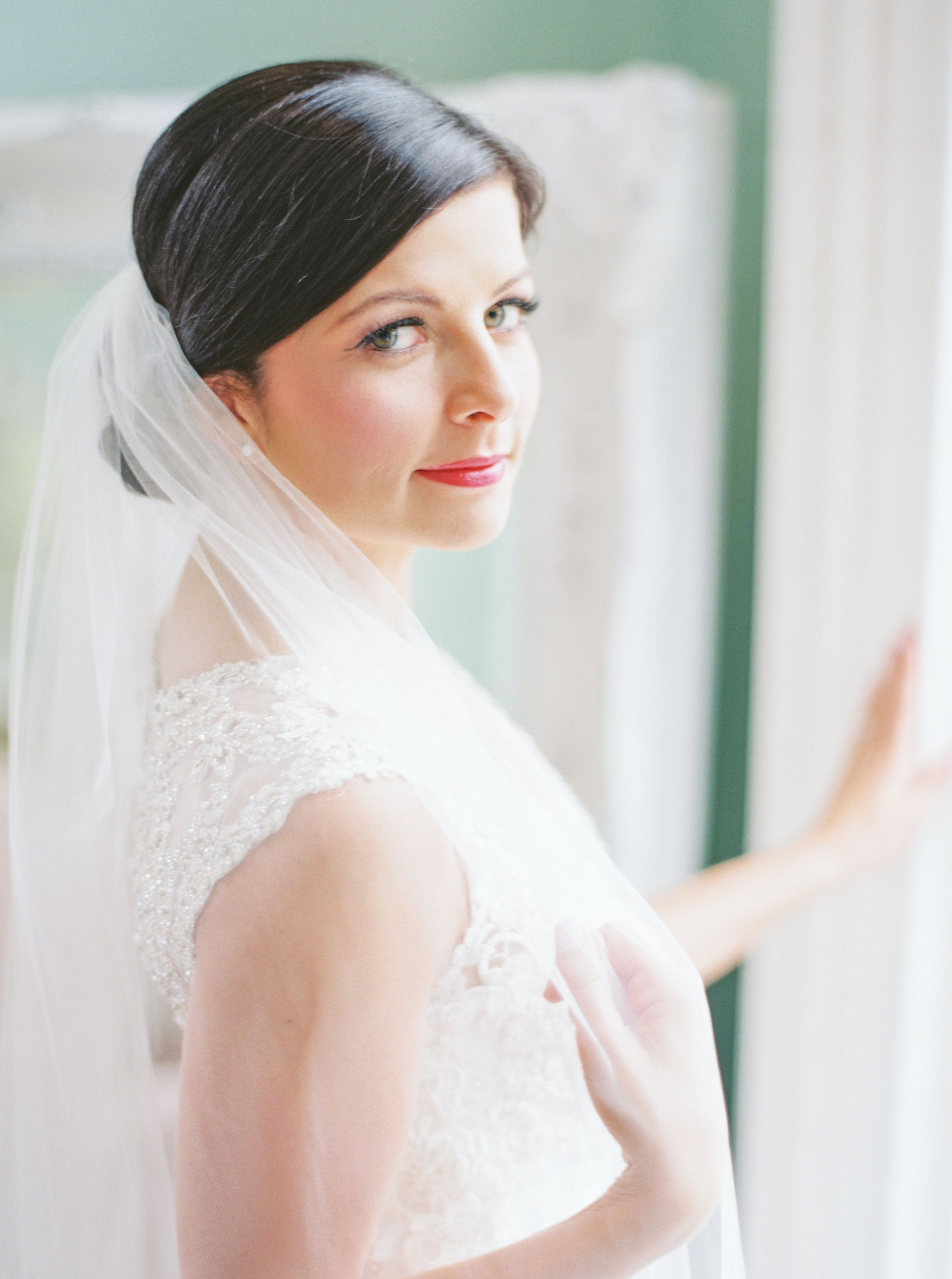 The Smarter Way to Wed | Sleek updo, Chignons and Updo
