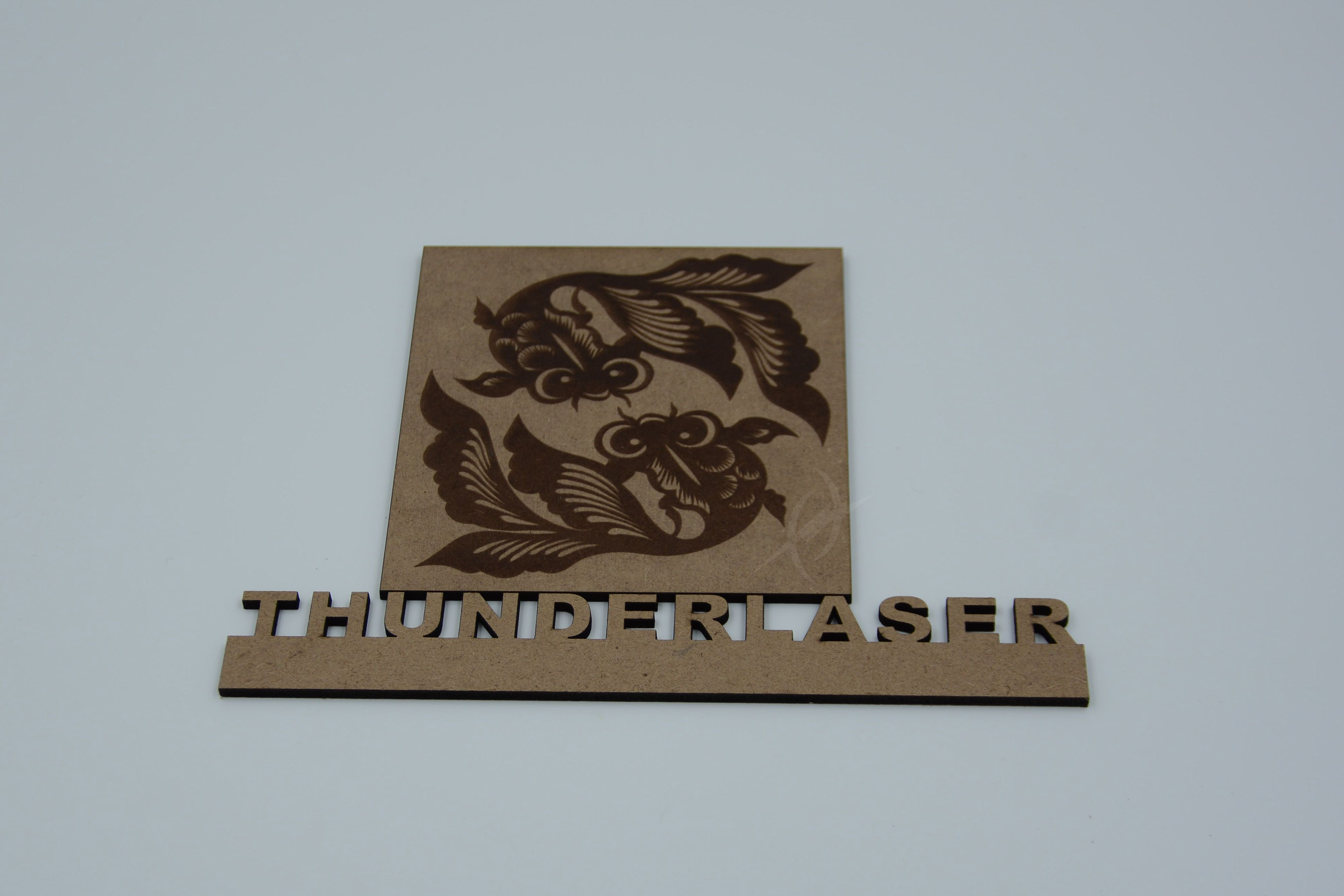 3D Engraver .The Box has 3 large Goldfish in various positions of activity. Put the WOW factor back into your gift giving with this great looking laser engraved wooden pen and box combination. The laser engraving is performed by Wooden Pen Works, and is designed to give your pen case an unsurpassed 3 dimensional effect.