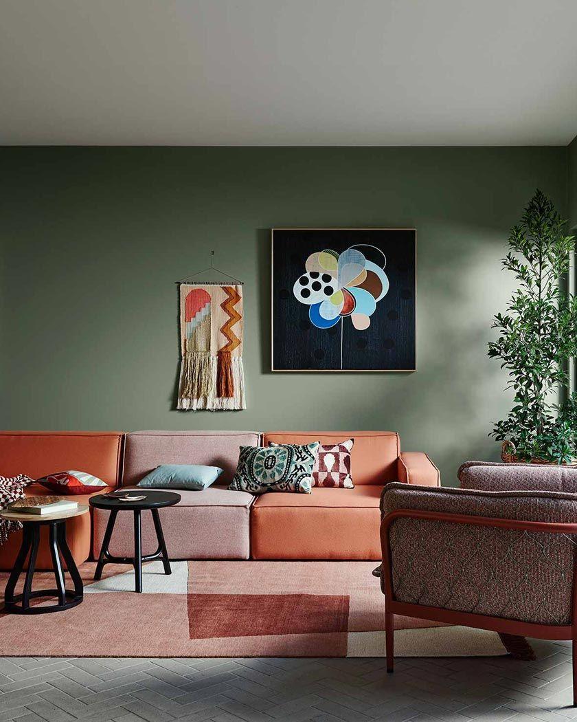 Deco Couleur Terracotta Murs Verts Canape Salon Couleur Mur Salon Deco Interieure Idee De Decoration