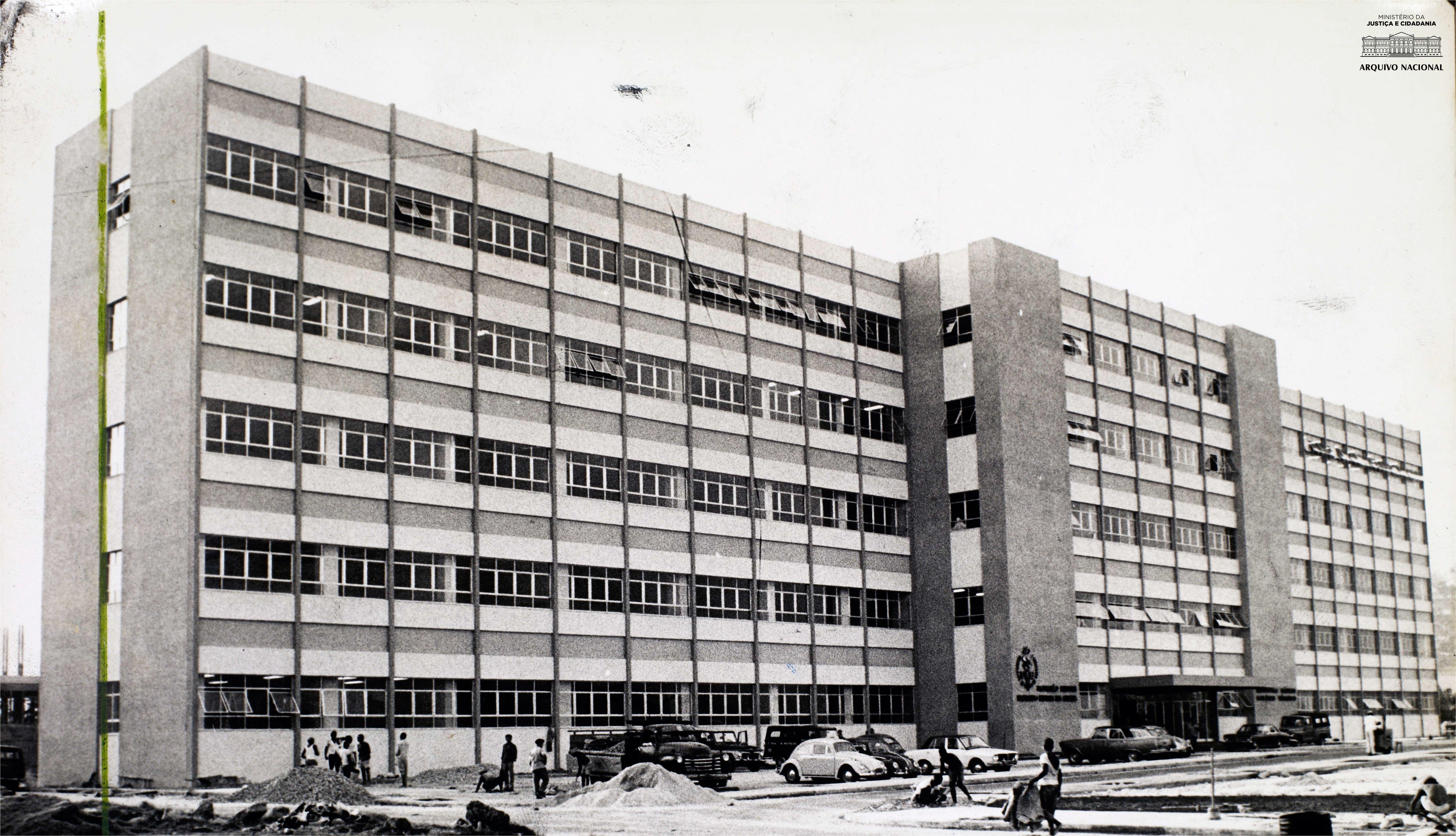Universidade do Estado da Guanabara – UEG (atual Universidade do Estado do Rio de Janeiro – UERJ), 1970. Arquivo Nacional. Fundo Correio da Manhã. BR_RJANRIO_PH_0_FOT_01075_012.