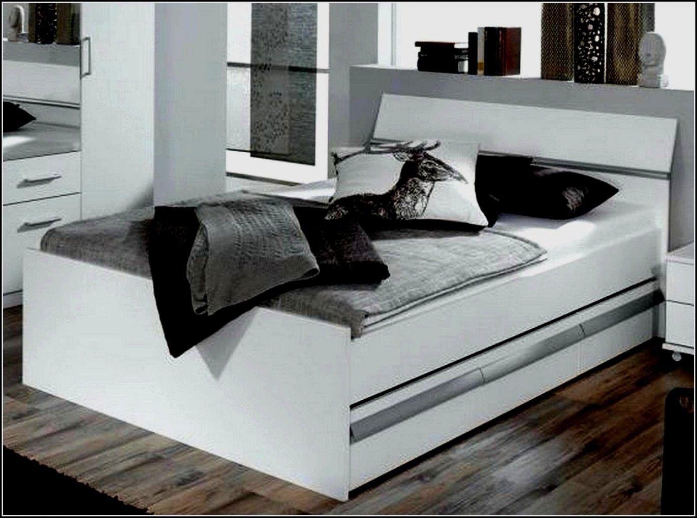 Pin Auf Bett