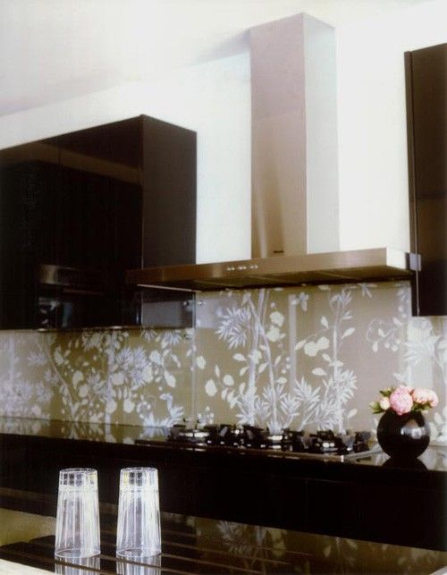Plexiglass Backsplash
