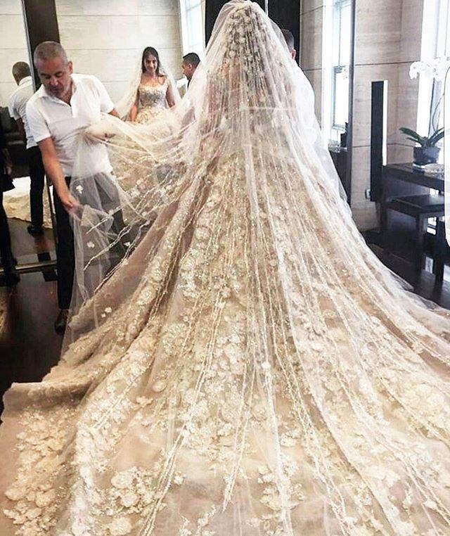 Final Fitting With Elie Saab Eliesaabworld Wedding Dress
