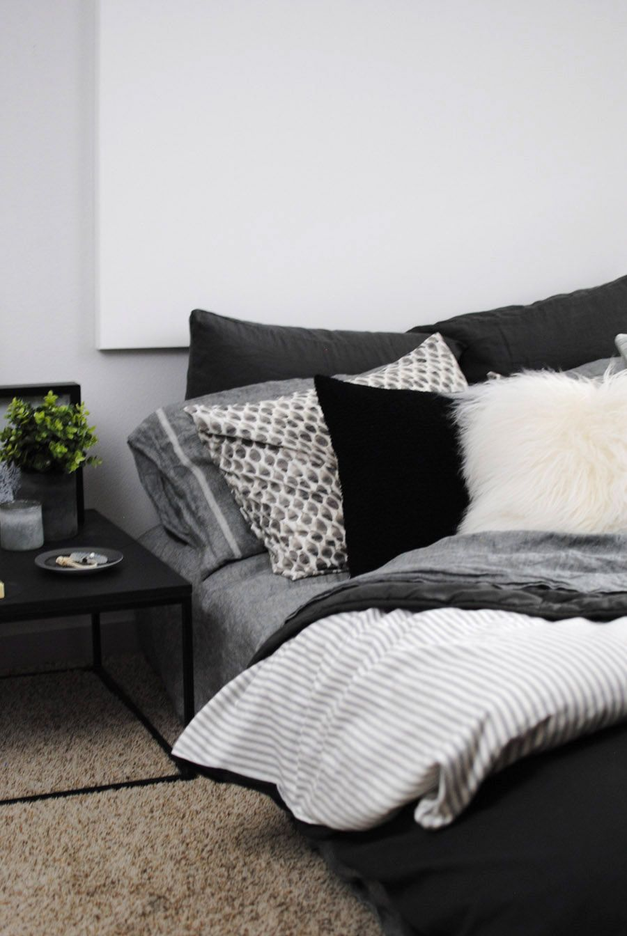 See How West Elm Home Stylist Tyler Meyerkorth Decorated His Modern Comfortable Apartment Using Lots Of Texture Plenty Grey And Touch Yellow On The