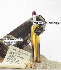 eine flaschenpost mit wunschbotschaft in einer schicken schatzkiste eine romantische und. Black Bedroom Furniture Sets. Home Design Ideas